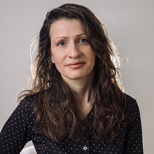 Dr Lorina Naci